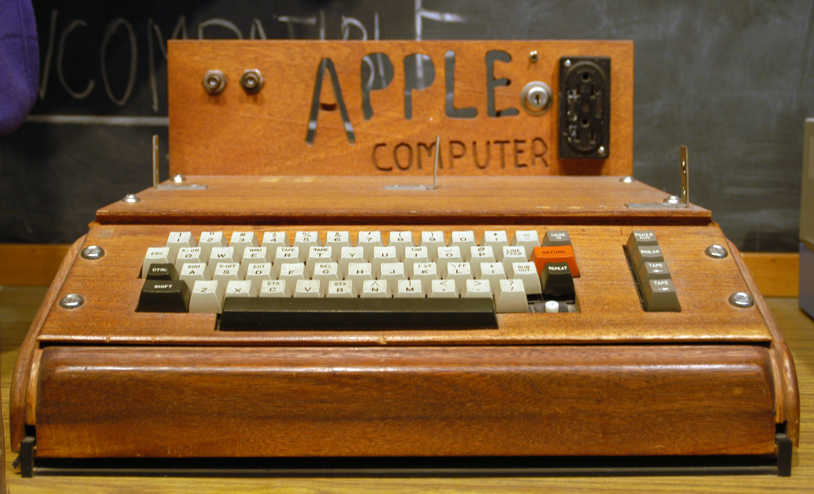 Photo of Apple's first computer,which was first released when Apple started on April 1, 1976.    Steve Jobs now has it in his parent's garage. The auctioneer, Christie's, estimates a sale price of between $400,000 and $600,000.    That is a lot of money!